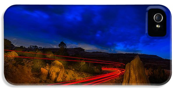 Nighttime Desert Road Trip IPhone 5 / 5s Case by Steve Gadomski