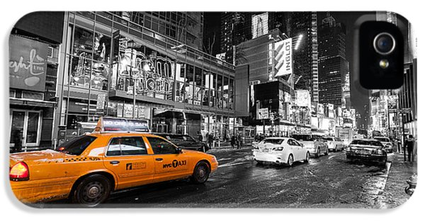 Nyc Taxi Times Square Color Popped IPhone 5 / 5s Case by John Farnan