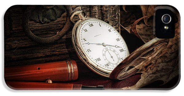 Of Times Gone By IPhone 5 / 5s Case by Tom Mc Nemar