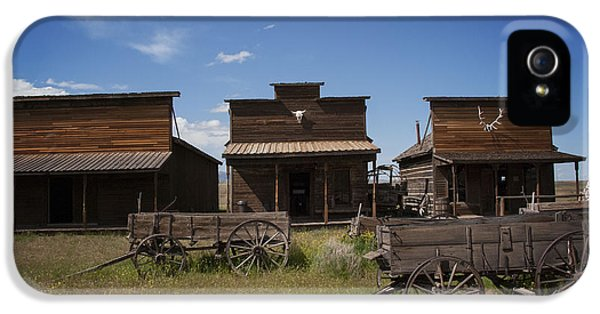 Abandoned iPhone 5 Cases - Old Trail Town iPhone 5 Case by Juli Scalzi