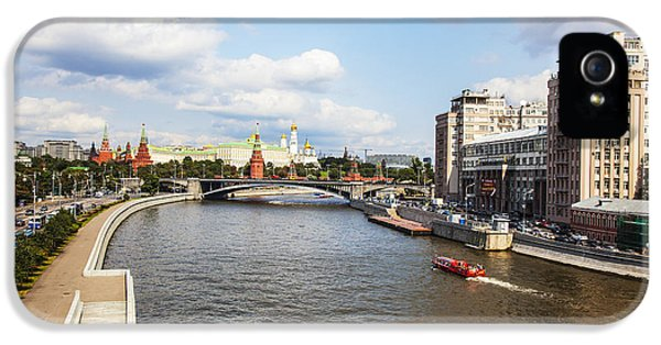 Moscow iPhone 5 Cases - On Moscow River - Russia iPhone 5 Case by Madeline Ellis