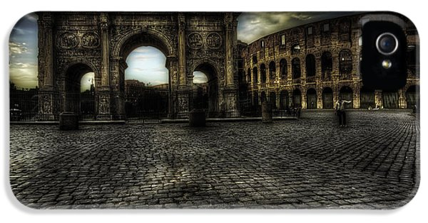 Fragment iPhone 5 Cases - One Evening in Rome iPhone 5 Case by Erik Brede