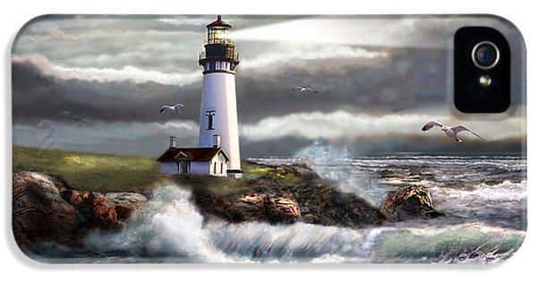 Oregon Lighthouse Beam Of Hope IPhone 5 / 5s Case by Regina Femrite