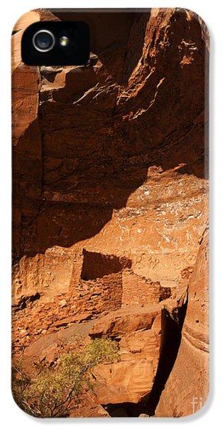 Pueblo iPhone 5 Cases - Palatki iPhone 5 Case by Mike  Dawson