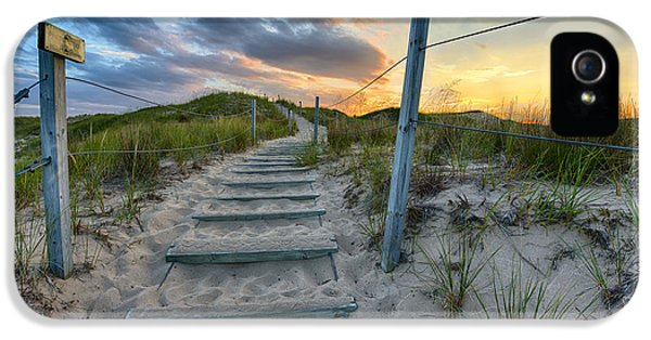 Path Over The Dunes IPhone 5 / 5s Case by Sebastian Musial