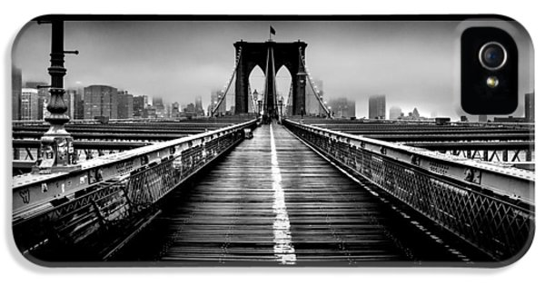 Path To The Big Apple IPhone 5 / 5s Case by Az Jackson