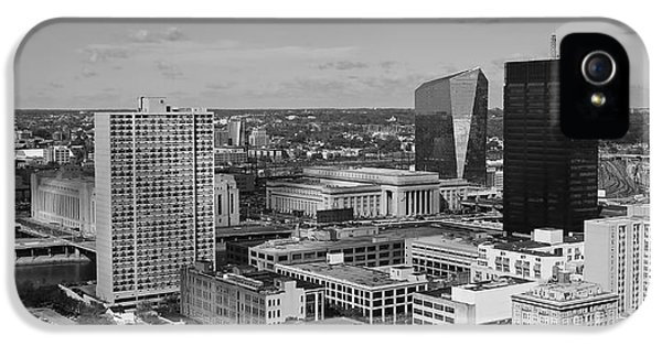 Philadelphia - A View Across The Schuylkill River IPhone 5 / 5s Case by Rona Black