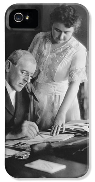 President And Mrs. Woodrow Wilson IPhone 5 / 5s Case by Underwood Archives