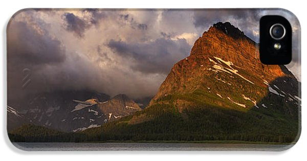 Spectrum iPhone 5 Cases - Rainbow at Sunrise - Panorama iPhone 5 Case by Mark Kiver