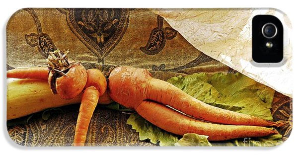 Reclining Nude Carrot IPhone 5 / 5s Case by Sarah Loft