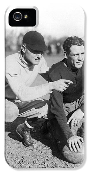Red Grange And His Coach IPhone 5 / 5s Case by Underwood Archives