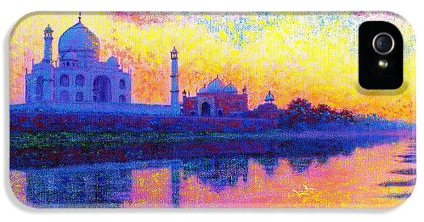 Taj Mahal, Reflections Of India IPhone 5 / 5s Case by Jane Small
