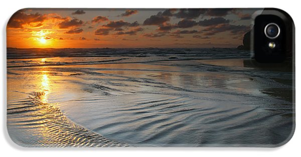 Hug iPhone 5 Cases - Ripples on the Beach iPhone 5 Case by Mike  Dawson