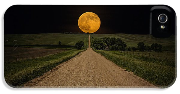 Road iPhone 5 Cases - Road to Nowhere - Supermoon iPhone 5 Case by Aaron J Groen
