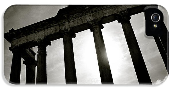 Architecture iPhone 5 Cases - Roman Forum iPhone 5 Case by Dave Bowman