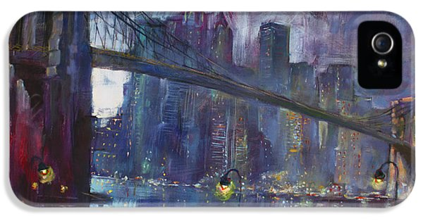 Romance By East River Nyc IPhone 5 / 5s Case by Ylli Haruni