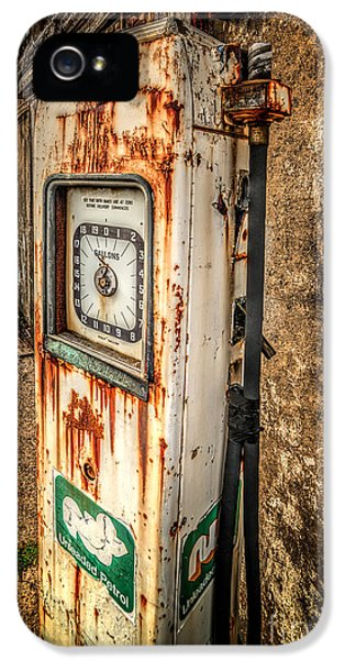 Hose iPhone 5 Cases - Rusty Gas Pump iPhone 5 Case by Adrian Evans