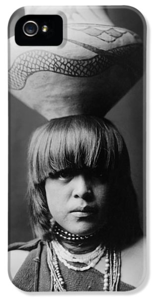 Pueblo iPhone 5 Cases - San Ildefonso girl circa 1927 iPhone 5 Case by Aged Pixel