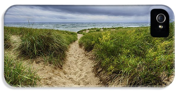 Sand Dunes Beach Path IPhone 5 / 5s Case by Sebastian Musial