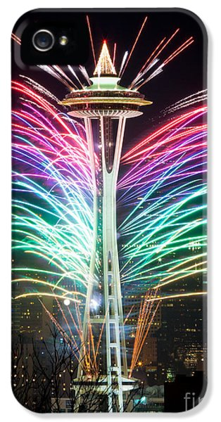 Firework iPhone 5 Cases - Seattle New Year iPhone 5 Case by Inge Johnsson