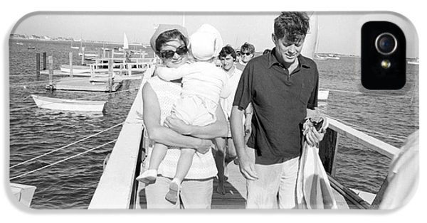 First Lady iPhone 5 Cases - Senator John F. Kennedy and Jacqueline Kennedy at Hyannis Port Marina iPhone 5 Case by The Phillip Harrington Collection