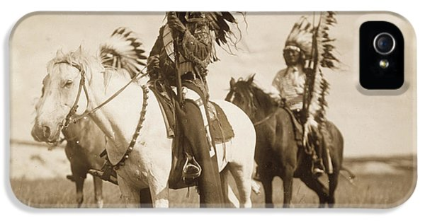 Sioux Chiefs  IPhone 5 / 5s Case by Unknown