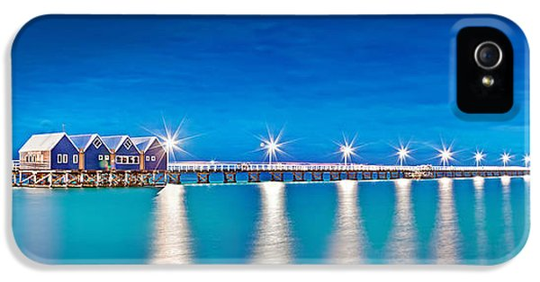 Hut iPhone 5 Cases - Southern Star Lights iPhone 5 Case by Az Jackson
