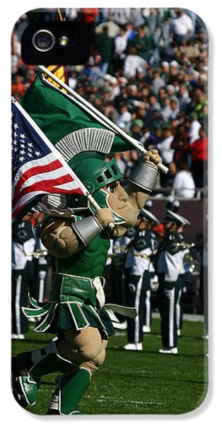 Sparty At Football Game IPhone 5 / 5s Case by John McGraw