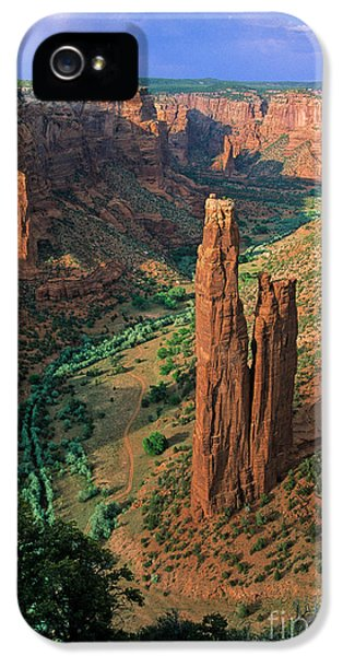 National Monuments iPhone 5 Cases - Spider Rock iPhone 5 Case by Inge Johnsson