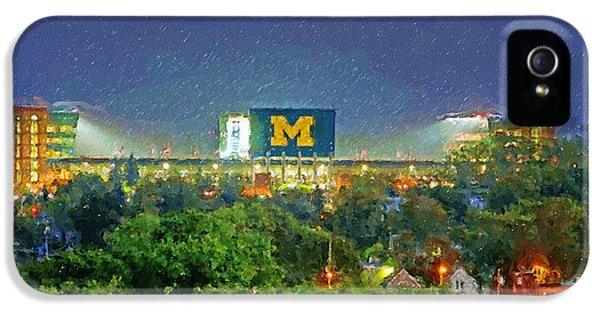 Stadium At Night IPhone 5 / 5s Case by John Farr