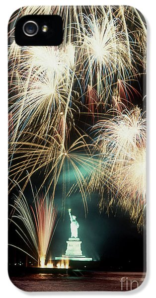 Fire Works iPhone 5 Cases - Statue Of Liberty Fireworks iPhone 5 Case by Carroll Seghers