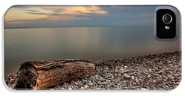 Stone Beach IPhone 5 / 5s Case by James Dean