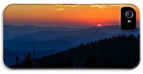 Stone iPhone 5 Cases - Suns last peak over the Blue Ridge iPhone 5 Case by Andres Leon