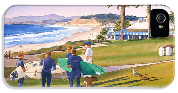 Surfers Gathering At Del Mar Beach IPhone 5 / 5s Case by Mary Helmreich