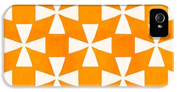 Tangerine iPhone 5 Cases - Tangerine Twirl iPhone 5 Case by Linda Woods