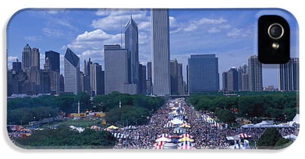 Il iPhone 5 Cases - Taste Of Chicago Chicago Il iPhone 5 Case by Panoramic Images