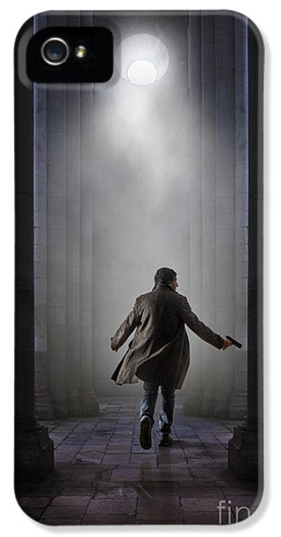 Thriller iPhone 5 Cases - Temple Chase iPhone 5 Case by Carlos Caetano