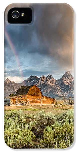 Vertical iPhone 5 Cases - The Barn at the end of the Rainbow iPhone 5 Case by Andres Leon