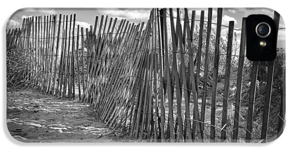 The Beach Fence IPhone 5 / 5s Case by Scott Norris