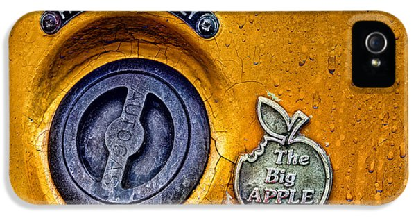 Taxi iPhone 5 Cases - The Big Apple iPhone 5 Case by John Farnan