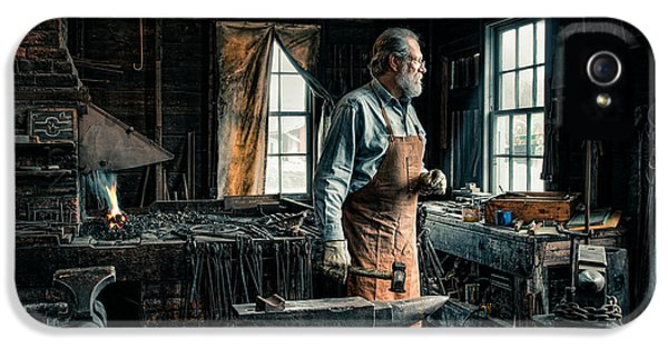 The Blacksmith - Smith IPhone 5 / 5s Case by Gary Heller