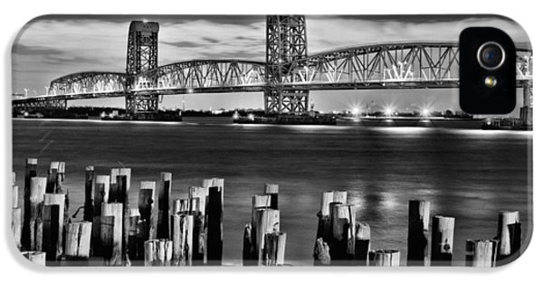 Gil iPhone 5 Cases - The Gil Hodges Bridge iPhone 5 Case by JC Findley