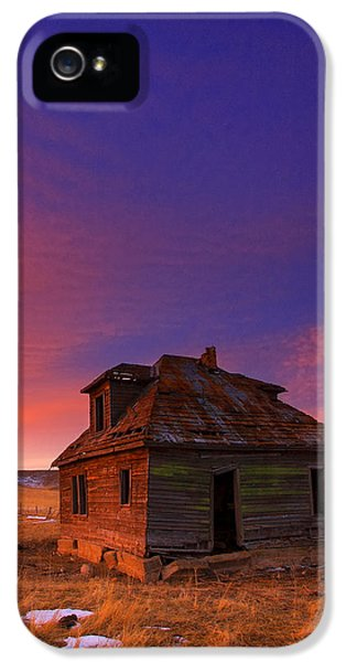 The Old House IPhone 5 / 5s Case by Kadek Susanto