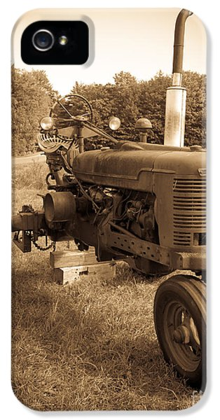 Equipment iPhone 5 Cases - The Old Tractor iPhone 5 Case by Edward Fielding