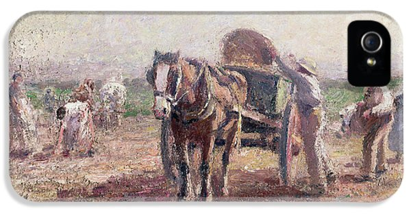 The Potato Pickers IPhone 5 / 5s Case by Harry Fidler