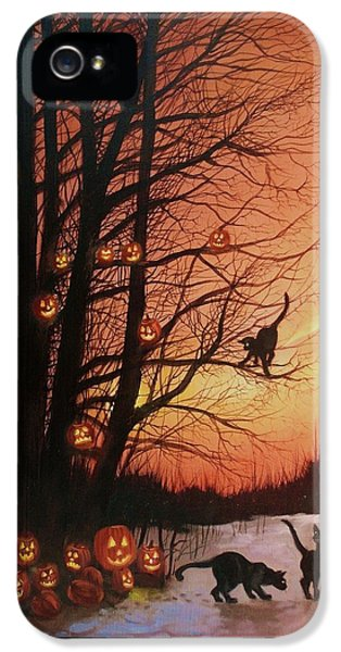 Spooky iPhone 5 Cases - The Pumpkin Tree iPhone 5 Case by Tom Shropshire
