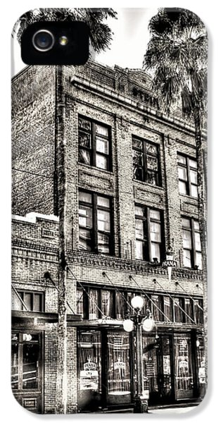 Aves iPhone 5 Cases - The Stein Building iPhone 5 Case by Marvin Spates