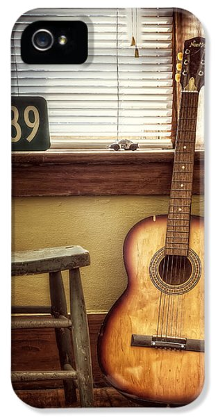 Stool iPhone 5 Cases - This Old Guitar iPhone 5 Case by Scott Norris
