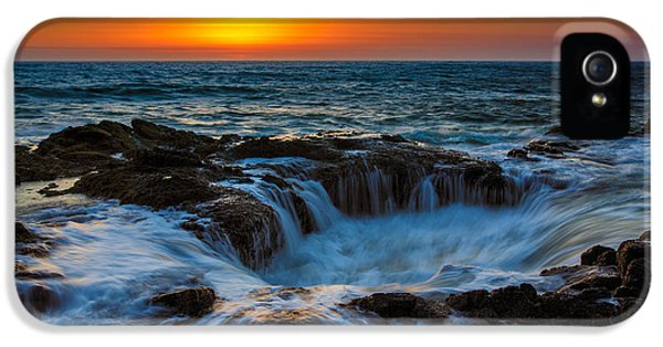 Oregon Coast iPhone 5 Cases - Thors Well iPhone 5 Case by Rick Berk