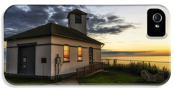 Foghorn iPhone 5 Cases - Tibbetts Point Fog Horn Building iPhone 5 Case by Mark Papke